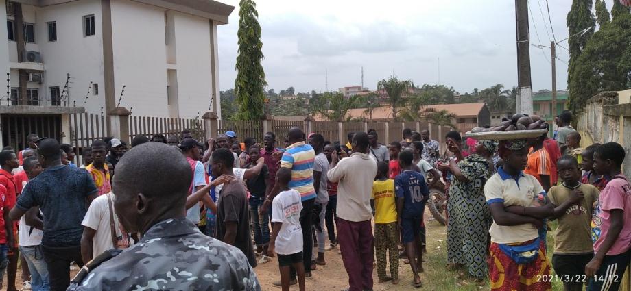 Mouvement de protestation des jeunes du RHDP à la mairie d'Aboisso