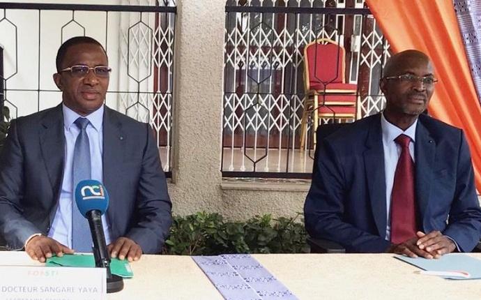 Dr Sangaré Yaya et Pr Aka Boko, le jeudi 20 mai 2021 à la conférence du FONSTI sur les énergies renouvelables