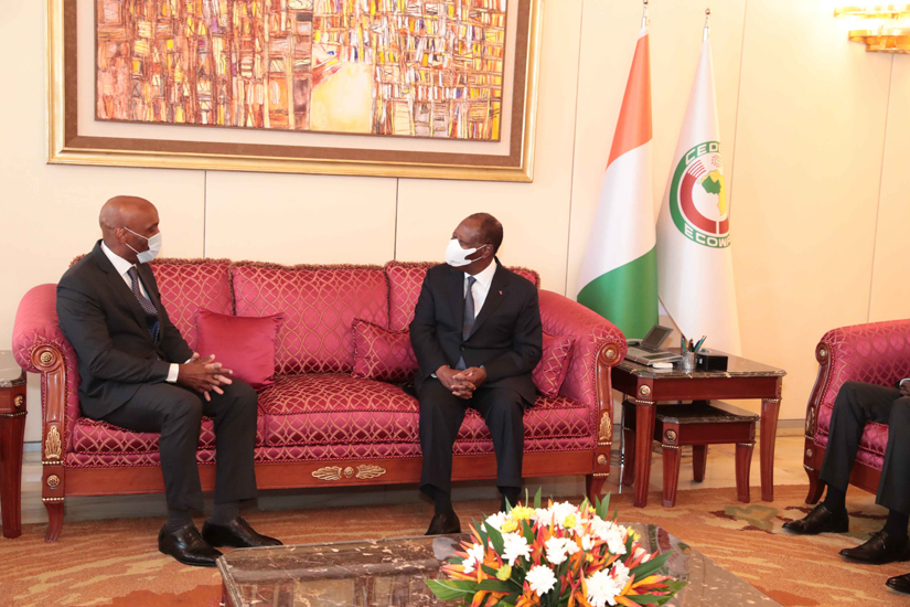 Le Président Alassane OUATTARA et Kadima KALONJI, le mercredi 5mai 2021, à Abidjan