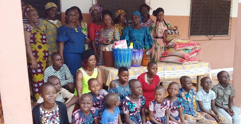 Don de vivres aux enfants vulnérables de Tiébissou