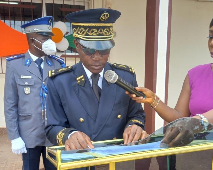 Le secrétaire général de la préfecture d'Alépé