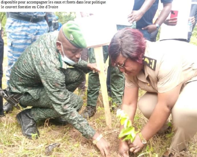 Journée planting d'arbres samedi 29 août 2021 à Ouassenankaha